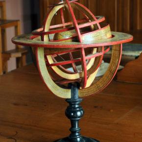 L'Esfera Armil·lar de la Masia d'en Cabanyes per Carles Schnabel